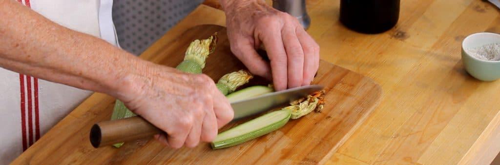 zucchini, blossoms, garlic